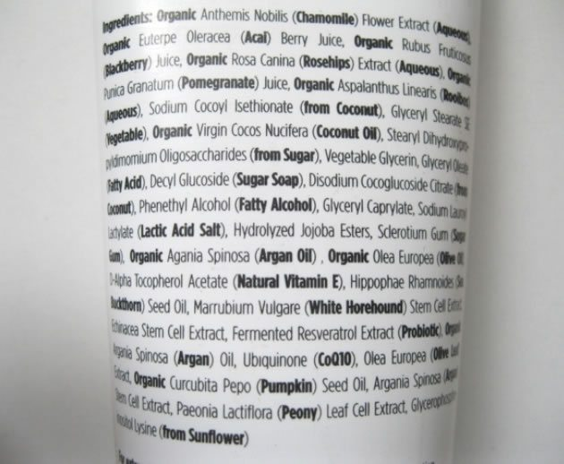 35 Beneficial ingredients to look for when buying moisturiser