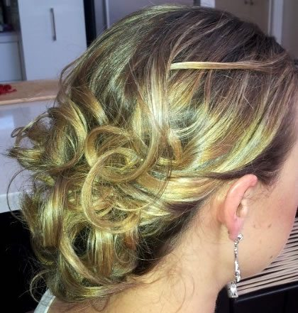 wedding hair styles - soft wispy curls